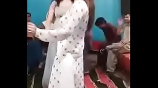 party dance pakistan